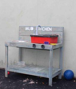 Jigsaw School Mud Kitchen